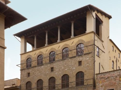 Eventi mostre musei fiere concerti a firenze hotel for Casa della piastrella firenze